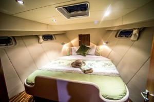 Master cabin 440 1